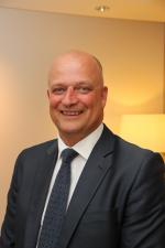 Dr. Carl Dujat